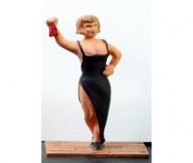 Female In A Long Dress- Unpainted Figure